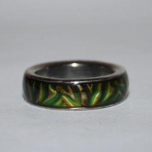 Beautiful silver mood ring size 6